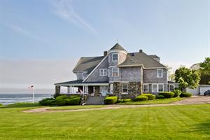 Lila Delman Real Estate Announces the Sale of Narragansett Oceanfront Property