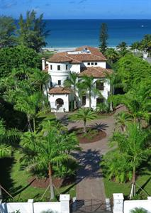 Gulf Front Estate On Longboat Key  Sells For $6.8 Million