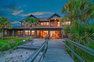 CASEY KEY PROPERTY SELLS FOR $2.45 MILLION