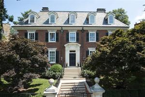 $7.95M - Washington Fine Properties Sells Home of Former US Fed Chairman