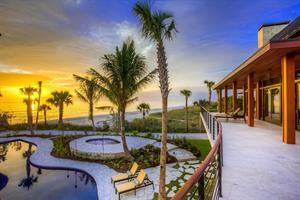 MICHAEL SAUNDERS & COMPANY LISTS A SIGNIFICANT NEW BEACHFRONT COMPOUND ON LONGBOAT KEY