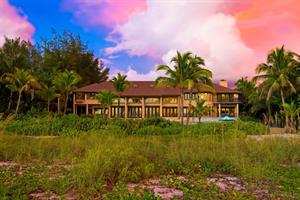 WATERFRONT PROPERTY ON SIESTA KEY SELLS FOR $5.55 MILLION