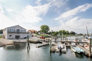 LILA DELMAN REAL ESTATE INTERNATIONAL ANNOUNCES SALE OF ONLY MARINA AVAILABLE IN RHODE ISLAND