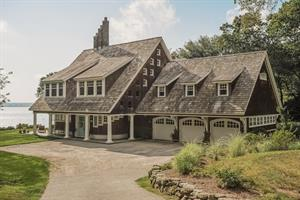 LUXURY HOMES MOVING QUICKLY IN NARRAGANSETT