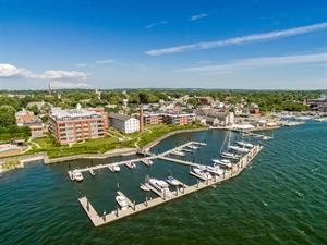 BRISTOL WATERFRONT CONDOMINIUM WITH BOAT SLIP SELLS ABOVE ASKING PRICE