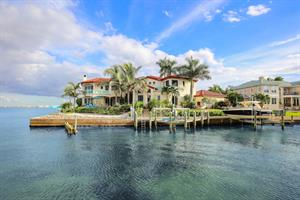 COUNTRY CLUB SHORES ESTATE LEADS LONGBOAT KEY LUXURY SALES FOR 2019