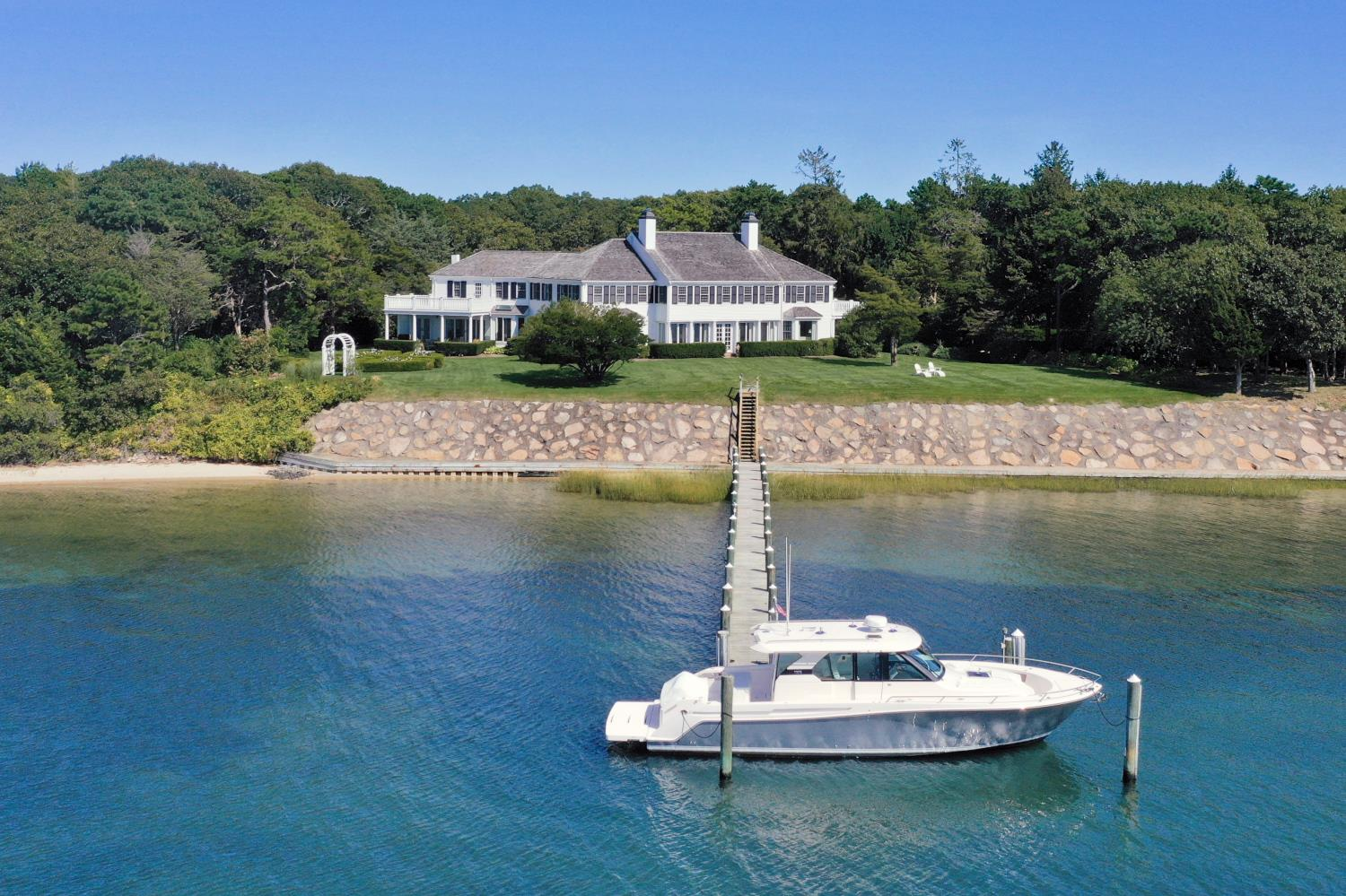 Record Cape Cod sale for Robert Paul Properties