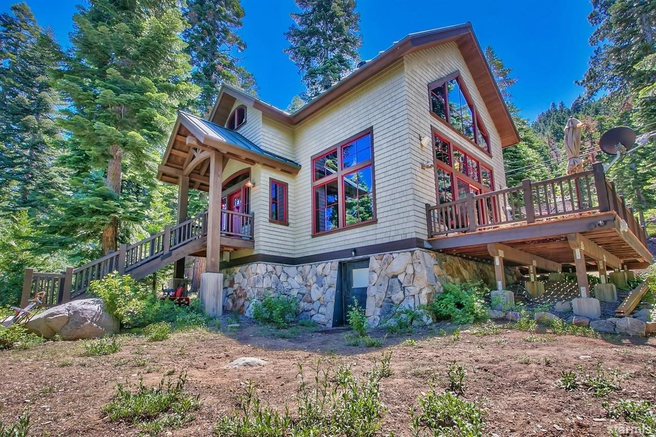 Chase International is pleased to announce the sale of 756 Price Lane, South Lake Tahoe, CA, for $1,019,000.