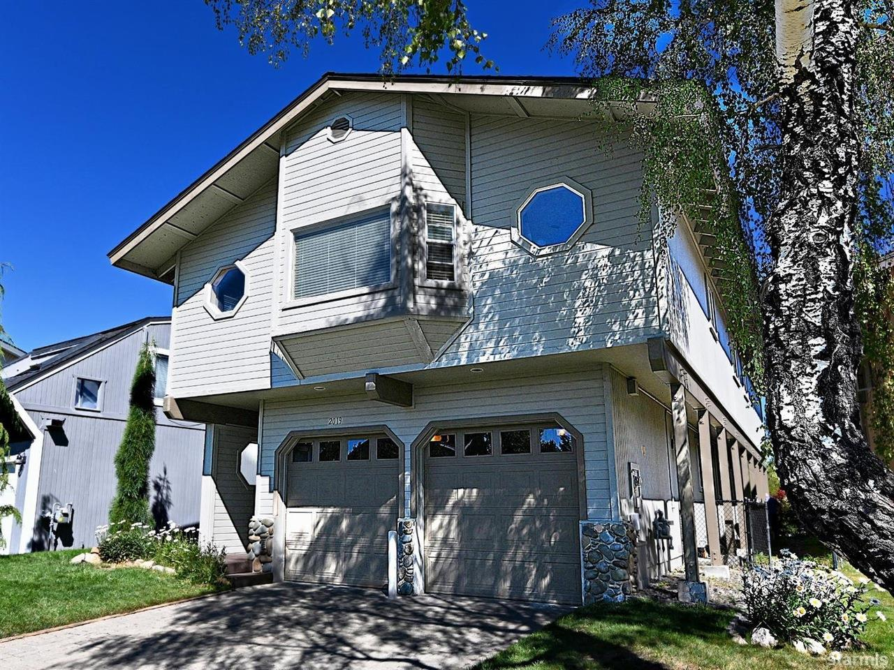 Chase International is pleased to announce the sale of 2019 Garmish Ct, South Lake Tahoe, CA, for $1,189,000
